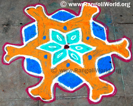 simple 7 dots Kolam
